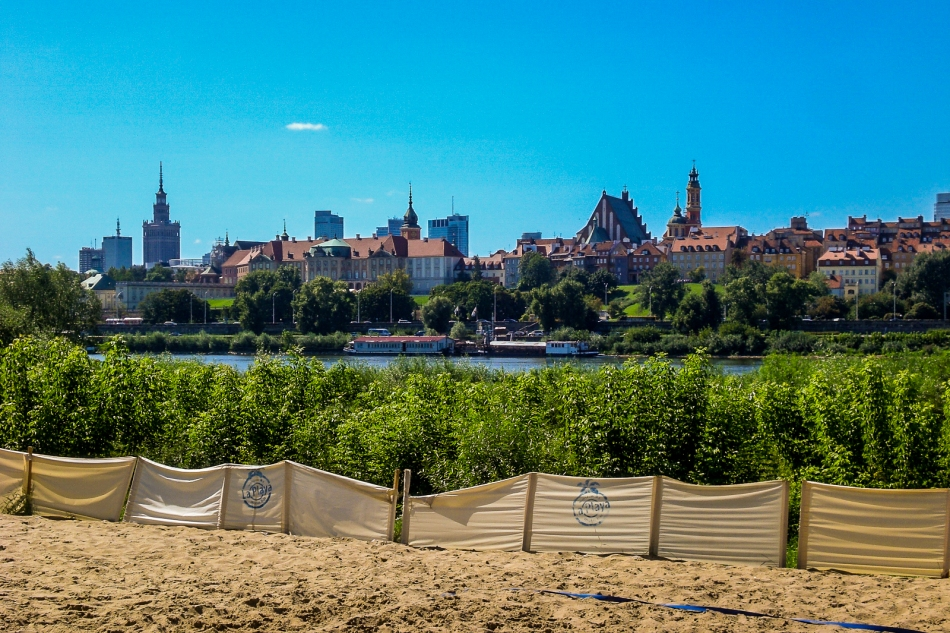Warsaw Old Town and Wisla river